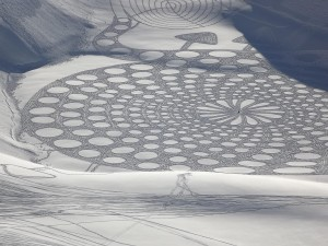 simon beck snow artwork 2