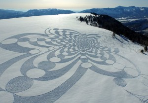 simon beck snow art piece 1