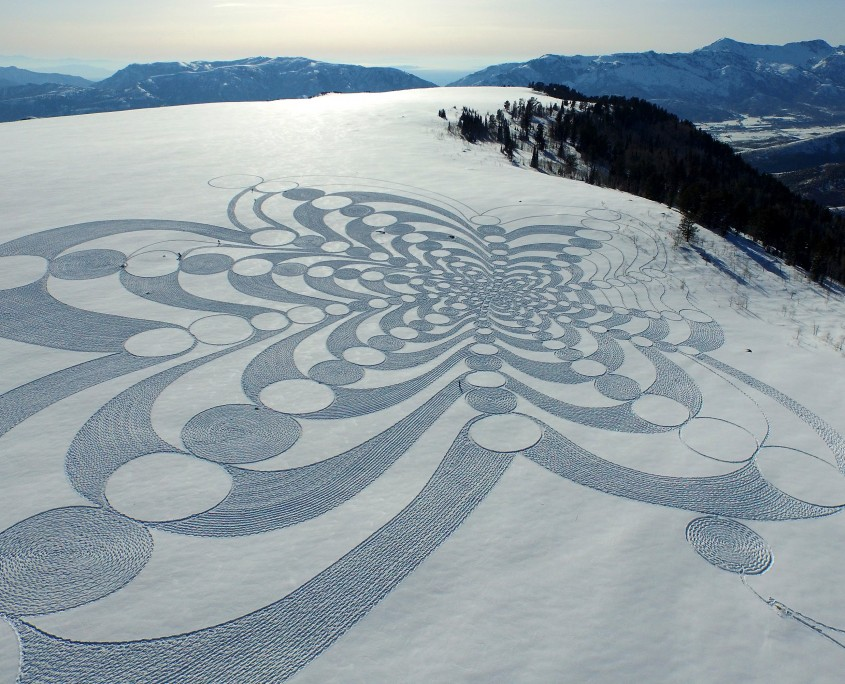 simon beck snow art piece 1